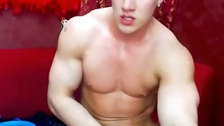 Blonde Russian hunk shoots cum in Chaturbate session